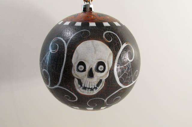 Skull Halloween Ornament